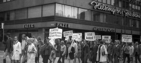 Demonstration in Helsinki against the invasion
